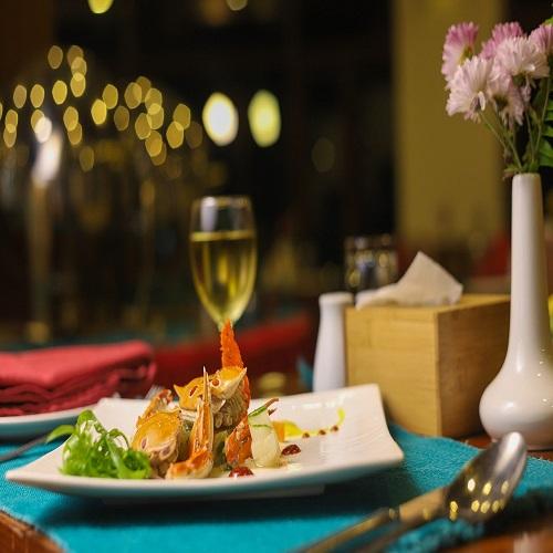 dinner-4656333_1280